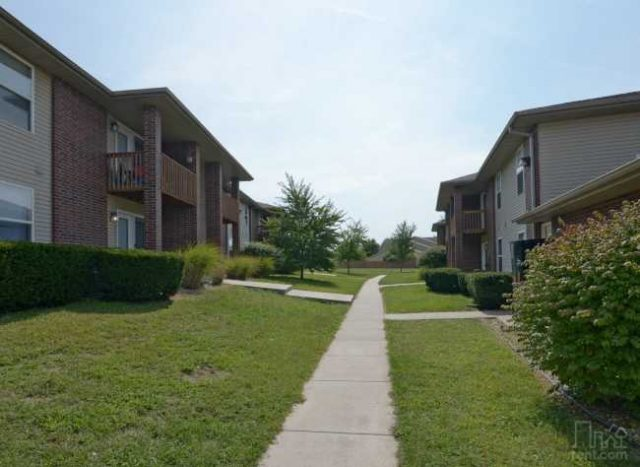 Pinewood Apartments: 2 Bedrooms